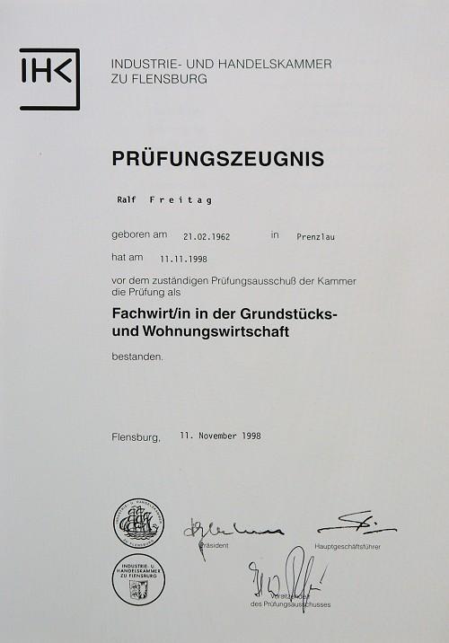 IHK-Zeugnis für Ralf Freitag als Fachwirt in der Grundstücks- und Wohnungswirtschaft
